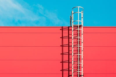 caged-ladder
